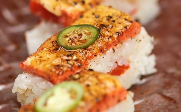 Aburi-Salmon-Oshi-Sushi