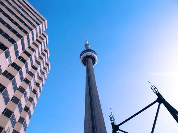 cn-tower-616353_640