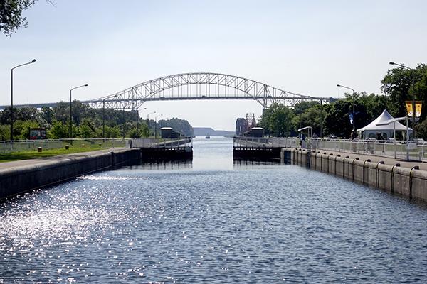 スー・セント・マリーの運河の水門