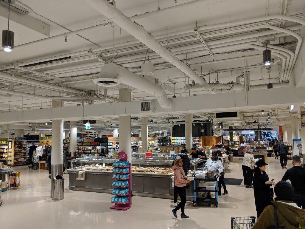 wholefood market 店内