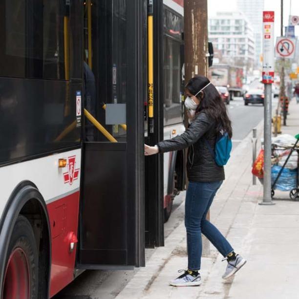 TTCトロントバス:マスク着用