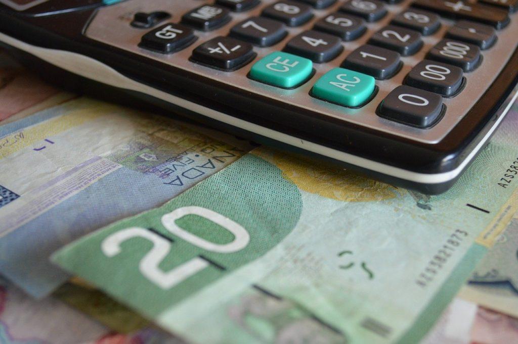 【コロナ禍で在宅勤務になった人を支援】カナダ政府が在宅勤務経費の税額控除システムを簡略化