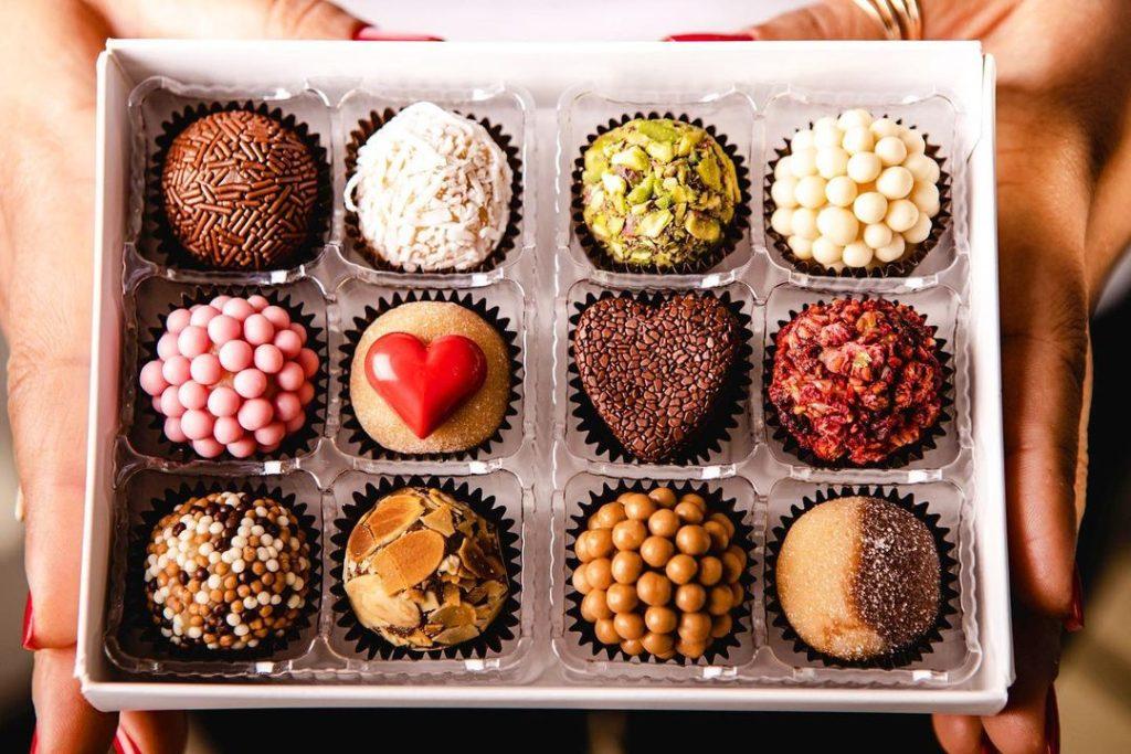 トロントでバレンタイン限定商品を配達可能なチョコレート&デザート屋さん13 - メアリーズ・ブリガデイロ